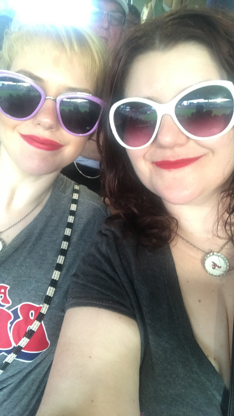Sam & her sister, Nikki